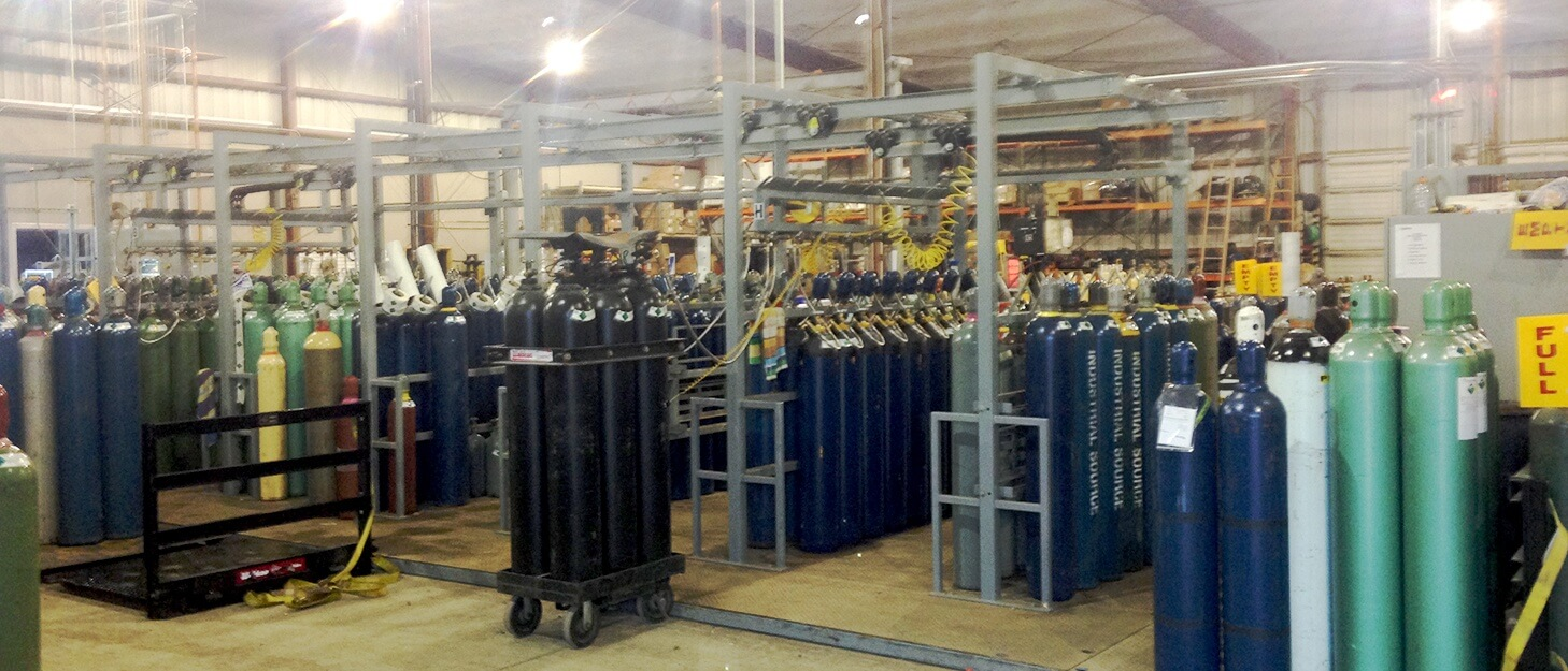 gas cylinders getting filled in a automated filling solution