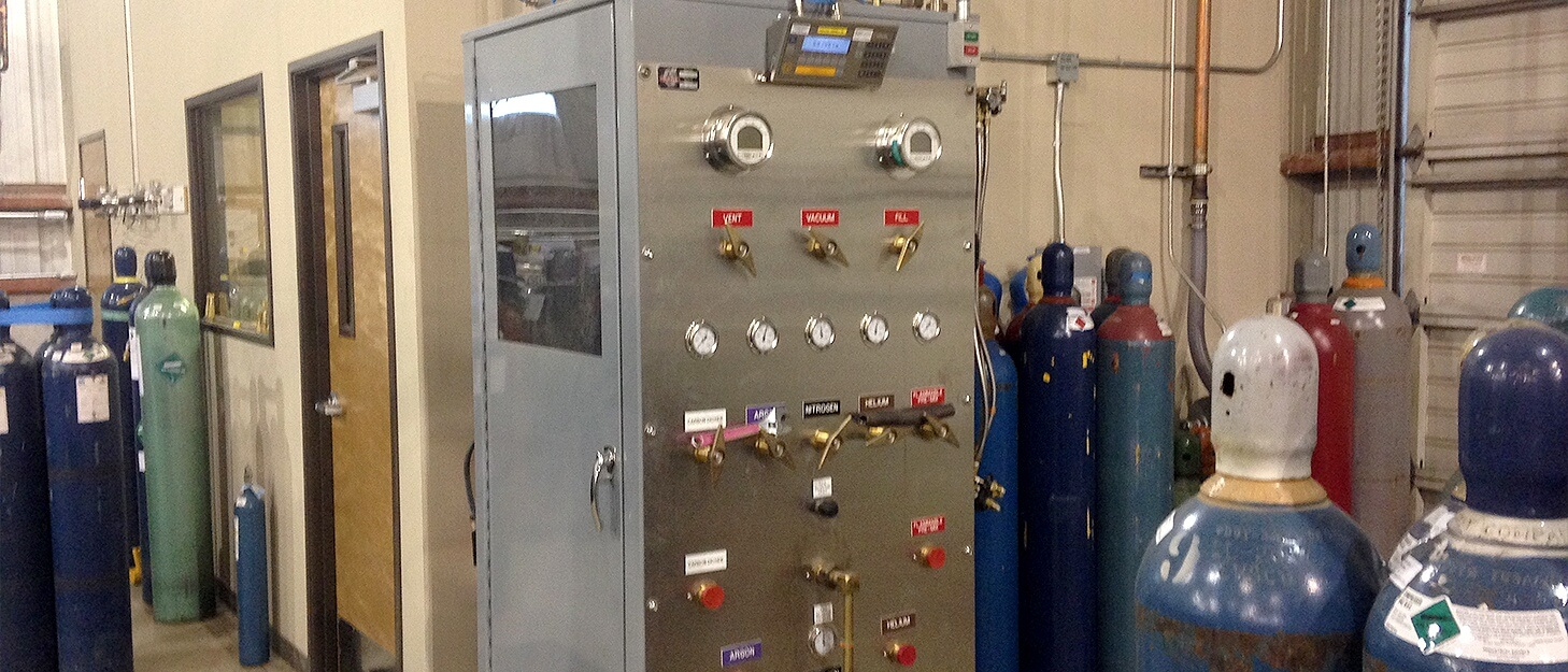 control station used to fill gas cylinders